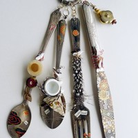 """Art Food AND Motherhood: Feature Article in the Rocky Mountain Outlook """"Junk to Gems at Wild Flour"""" by Michelle Macullo"""