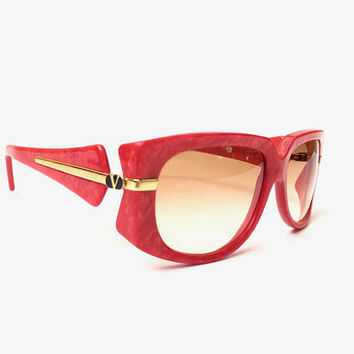 VALENTINO!!! Vintage 1980s 'Valentino' red, squared sunglasses with gold arm details and logo plates