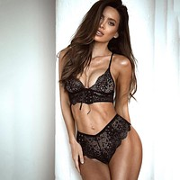 Temptation Perspective Solid Color Lace Underwear Lingerie Set