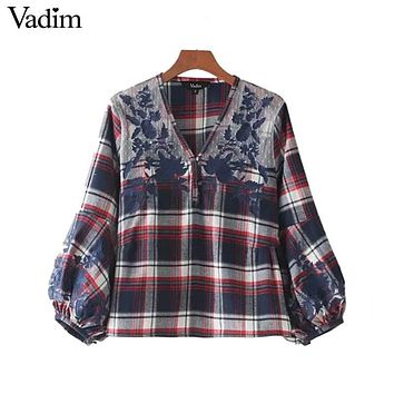 Vadim lace patchwork v neck plaid shirts floral embroidery lantern sleeve vintage blouse casual cute chic tops blusas LT2277