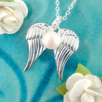 Angel Wing Pendant Necklace With Pearl