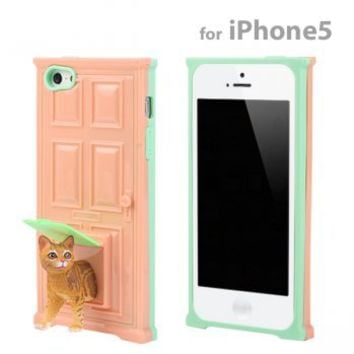 Strapya World : Pet Door and Stand Sneak Out iPhone 5 Case (American Short Hair/Cat)