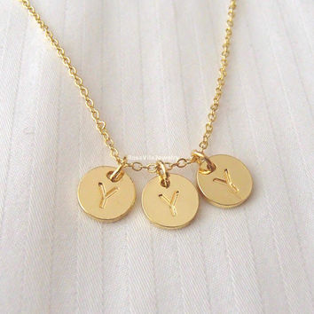 3 disc personalized initial necklace - dainty, simple, cute, personable, minimalist, chic, unique,