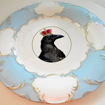 Blue, Green, or Pink and Gold Raven/Crow/Bird with Crown Tea Ware/Cups/Plates/Dishes/Dinnerware/Dinner/dessert