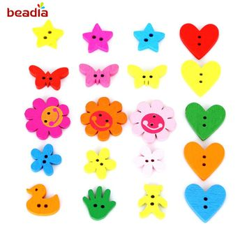 100pcs Lovely Bear/Butterfly/Tree/Hand/Heart-shaped/ Pentagram/Flower Shape Wood Button Beads For Sewing Accessories DIY Crafts