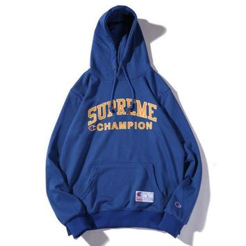 Champion & Supreme Co Printed Men And Women Plus Velvet Hood Hooded Sweater Blue