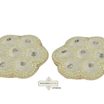 Indian White Craft Applique Velvet Fabric Handmade Floral Design Costume Patch 2 Pcs AP/BD/62 Free Shipping