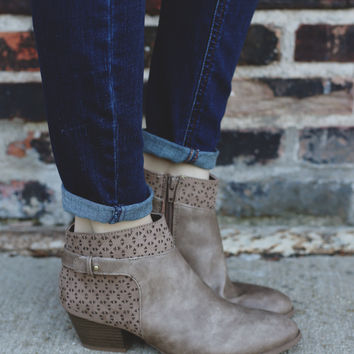 Keep Up Booties - Taupe