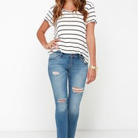 Dittos Selena Distressed Medium Wash Ankle Skinny Jeans