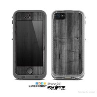 The Dark Black WoodGrain Skin for the Apple iPhone 5c LifeProof Case