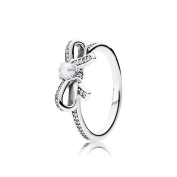 Delicate Sentiments Ring, 190971P, bow, pearl - Pandora Mall of America, MN