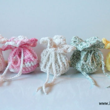 Wedding Favor Bags, crochet set of 20, party favor bags, gift bags, MADE TO ORDER.