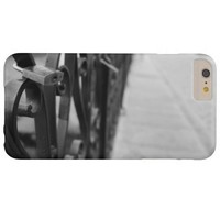 Case: European Bridge and Love Lock Barely There iPhone 6 Plus Case