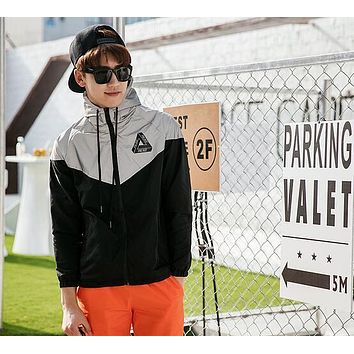 Palace Jacket Men 3M Reflective Palace Skateboards Triangle Outdoor Sports Windproof Raincoat Raincoat Outerwear coat