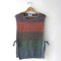 70s sweater top. sleeveless sweater. rainbow ombre sweater.