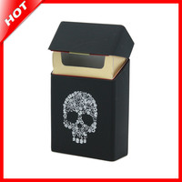 Holds 20 Cigarettes,Skull Silicone Cigarette Case Fashion Cover Elastic Rubber Portable Man/Women Cigarette Box Sleeve