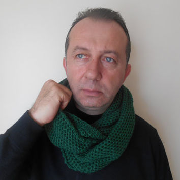 Green Men's Scarf,Neck Warmer,Valentine's Day,Knitted Scarf Infinity Scarf, Green Women's Scarf, Loop Scarf, Men's Scarf, Gift Ideas, Unisex
