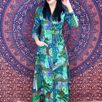 Vintage 60s Mod Paisley Flower Light Polyester John Meyer Long A-line Maxi Robe with Pockets S // M