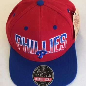 DCCKIHN AMERICAN NEEDLE PHILADELPHIA PHILLIES RETRO RED AND BLUE SNAPBACK HAT