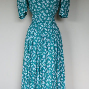 1980's teal floral Laura Ashley style dress, size large, size 10, Karin Stevens, rayon dress, short sleeve, church dress I love the 80's