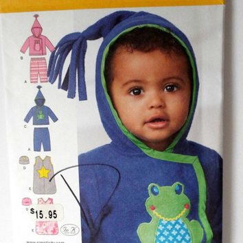 Simplicity 1546 Baby Girl Baby Boy Knit Pants Jacket Hat Sewing Pattern Unisex Bunting Bag Sacque S M L New Uncut