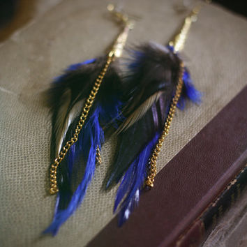 city night // navy & gold filigree feather earrings