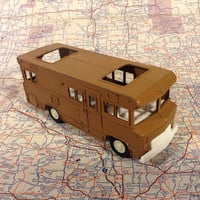 Tootsie Toy Camper - Brown Die Cast Motor Vacation Home on Wheels - Nice!