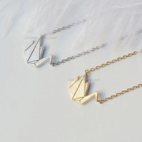 origami Crane Necklace, Paper Crane necklace in gold or silver, necklace for women,Gift idea / wedding gifts / bridesmaid gifts