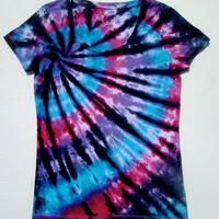 Tie Dye Scoopneck Shirt/ Women's Small(4-6)/ Pink Blue Purple