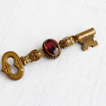 Vintage Skeleton Key Brooch - 1930s Ruby Red Glass Stone Brass Pendant Costume Jewelry Pin