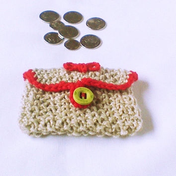Beige knit coin pouch Change purse Small knit purse keys purse Knit treasure bag small organizer tote accessory gift bag money purse wallet