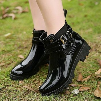 2018 Fashion Rain Boots Woman Hot Chelsea Boots Women Rubber Boot Ankle Boots Female Autumn Ladies Shoes Black With Women Shoes