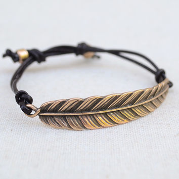 Feather Bracelet in Gold