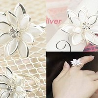 Purity favorite white bloom lotus ring adjustable [0666] - $1.46 : Lowest price, Supply all kinds of cheap fasion jewelry at Cost21.com