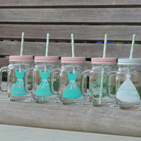Bridal party favor, glass mason mug, mugs with straws, personalized mason mug, wedding party favors, bridesmaid gift, party mason mugs