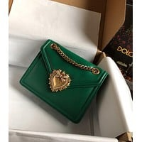 D&G DOLCE & GABBANA WOMEN'S LEATHER Devotion CHAIN SHOULDER BAG