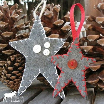 Felt Christmas Star Ornament, gift tag, primitive star, buttons, hand stitched, rustic ornament, shabby chic, cozy, country christmas