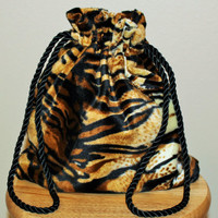 Tiger print drawstring hand bag; Tiger print drawstring handbag; Tiger print hand bag; Tiger print handbag; Tiger print purse