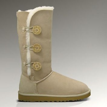 Ugg Bailey Button Triplet 1873 Sand Boots