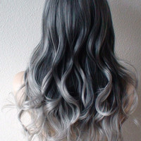 Silver Ombre wig. Gray hair Long curly hair long side bangs Durable daily use fashion hairstyle wig.  Silver gray Cosplay