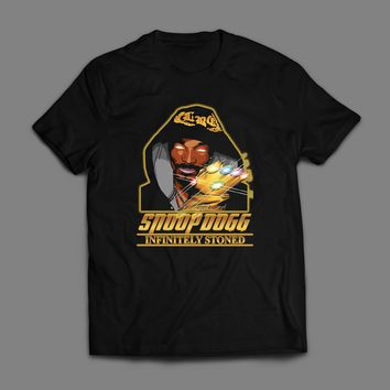 "RAPPER SNOOP DOGG ""INFINITELY STONED"" AVENGERS PARODY T-SHIRT"