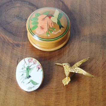 Vintage Jewelry, Hummingbird Brooch, Hummingbird Pin, Hummingbird Trinket Box, Wood Turned Trinket Box