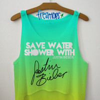 Save Water and Shower With Justin Bieber | fresh-tops.com