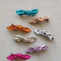 Hello Alyss Metallic Bow Hair Clips
