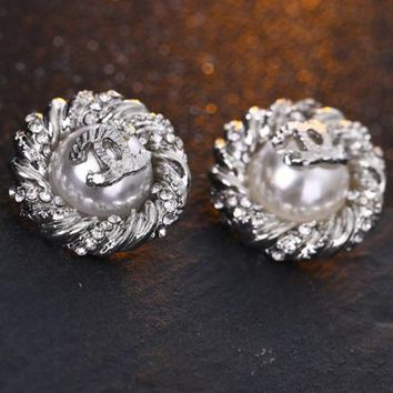 Fashionable Women Cute Diamond Pearl Earrings Accessories Jewelry Silvery