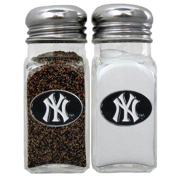 New York Yankees Salt & Pepper Shaker