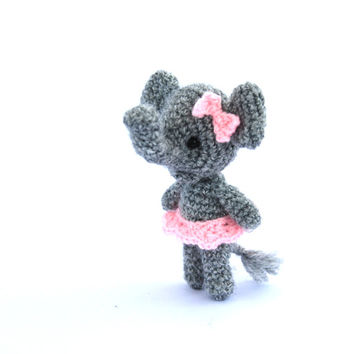 mini elephant, crochet ballerina elephant, miniature elephant, little elephant, amigurumi tiny elephant, circus, small elephant grey pink