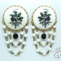 "Black Flower Vintage Chandelier Plugs / Gauges. 2g / 6mm, 0g / 8mm, 00g / 10mm, 1/2"" / 12mm, 9/16"" / 14mm, 5/8"" /16mm, 3/4""/19mm, 7/8"" /22mm"
