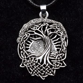 """*Celtic tree of life necklace w 18"""" chain"""