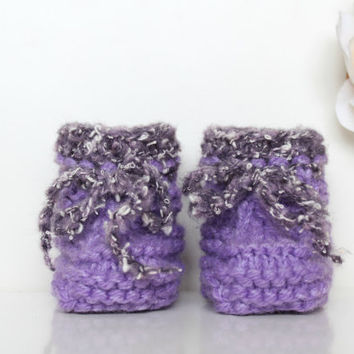 Lavender Baby Shoes, Newborn Booties, Knitted Baby Booties, Violet Baby Booties, Purple Girly Booties